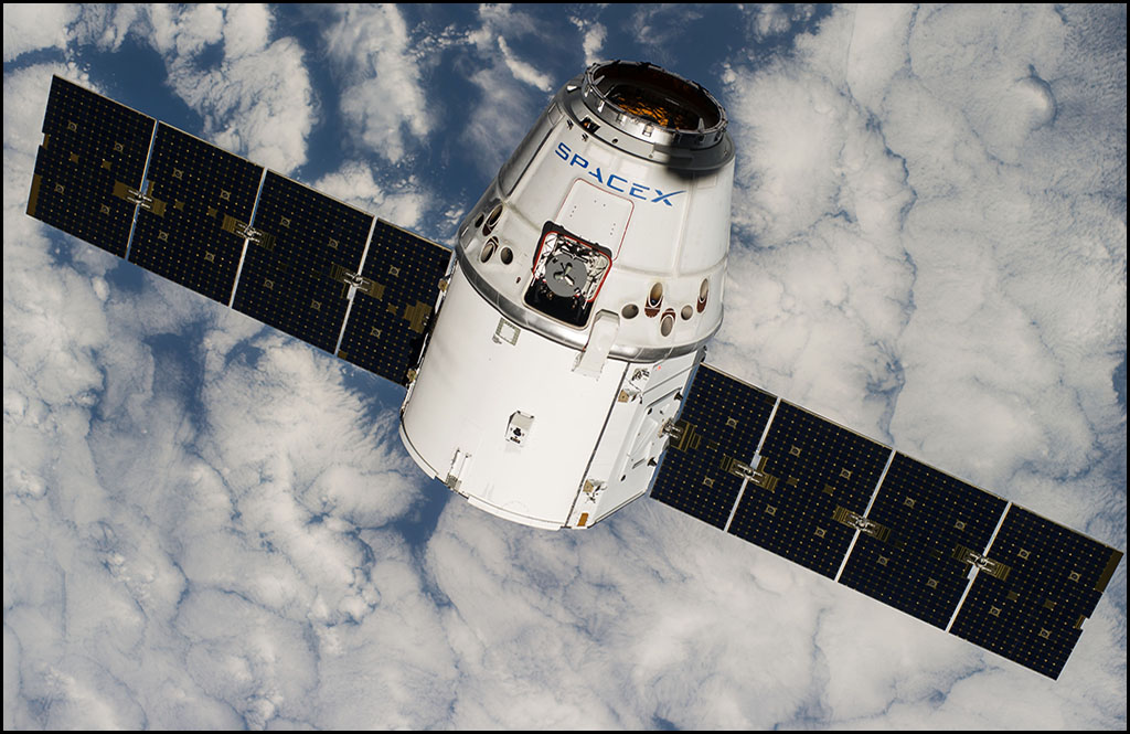 THE LEAD: SpaceX Dragon spacecraft takes test flight to International Space Station