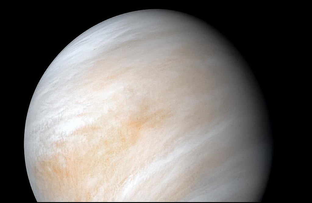 First New Venus Mission to Hunt for Alien Life Already Planned