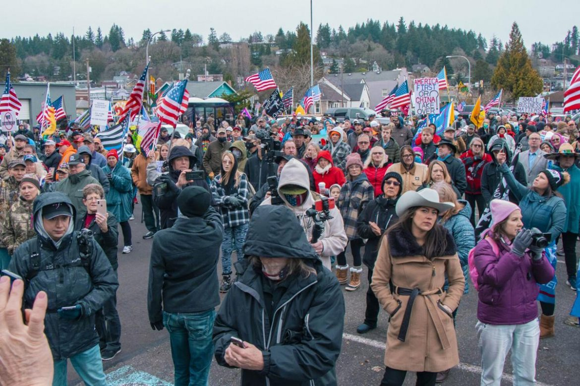 STATE NEWS: Protesters gather as Washington restaurants go to court