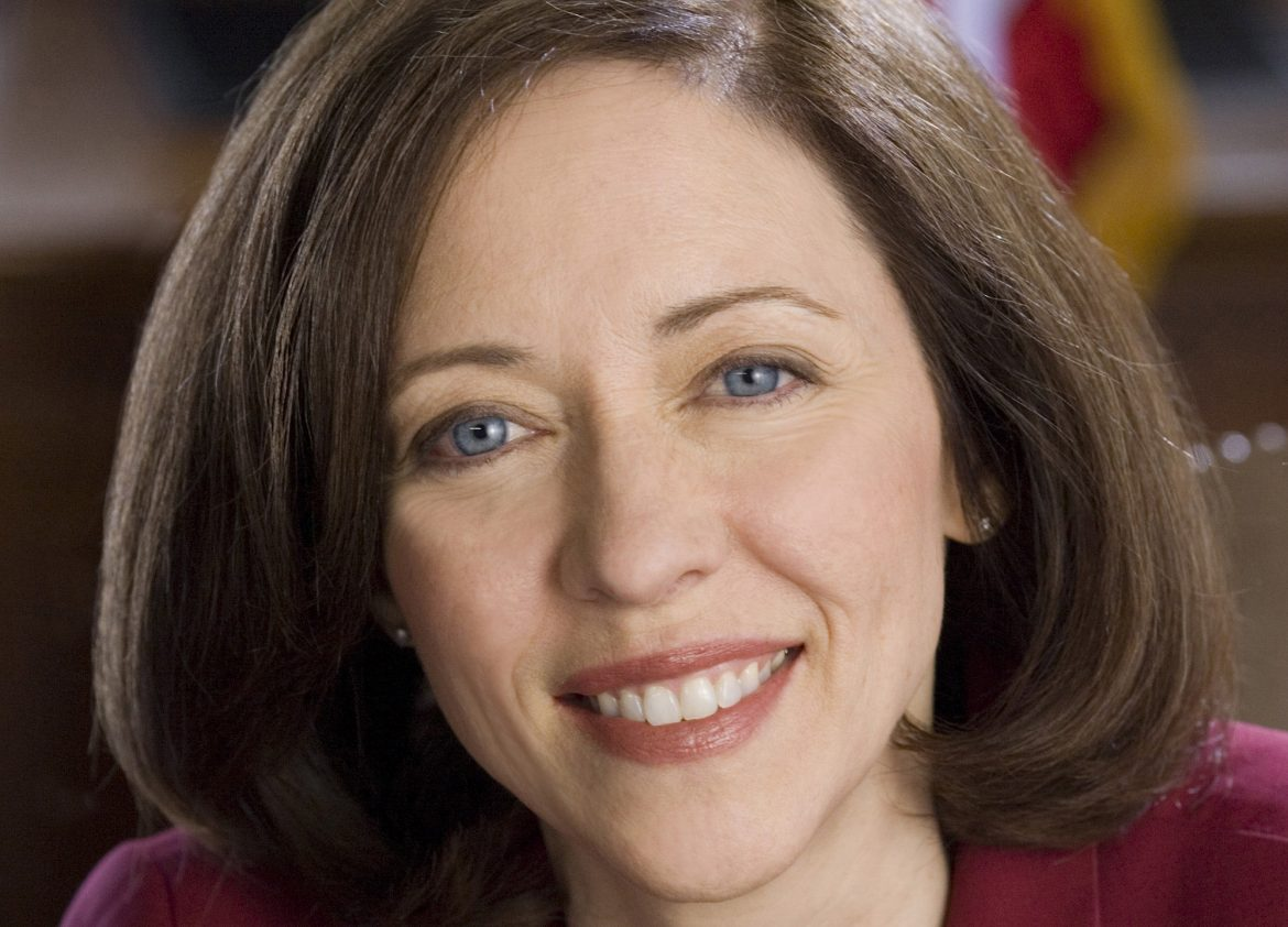 Cantwell announces bill to limit logging and development in national forest