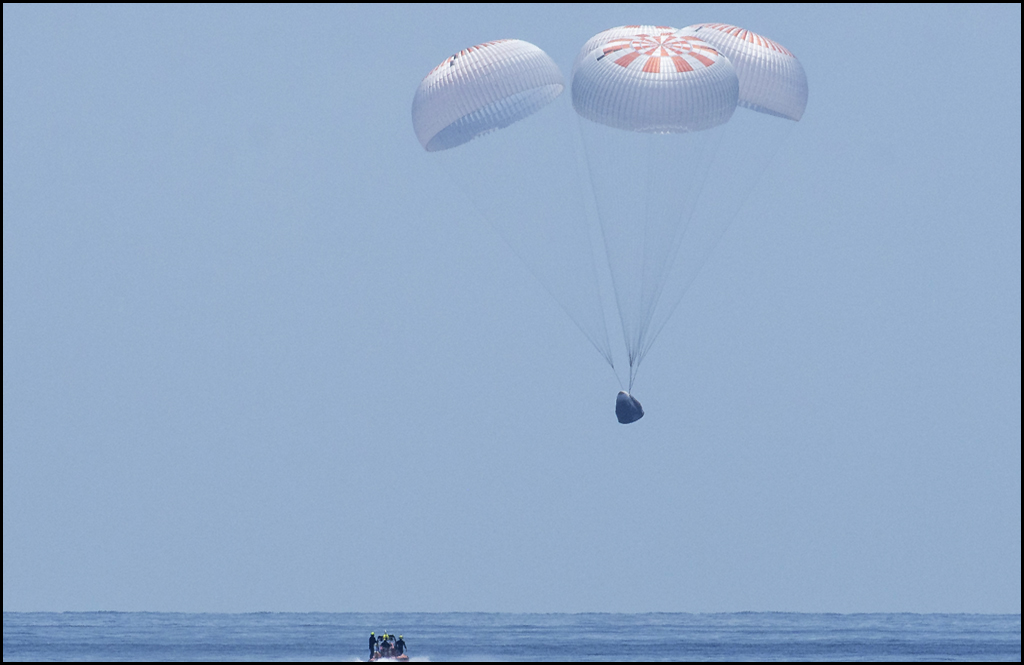 SpaceX capsule splashes down safely on Sunday with two US astronauts