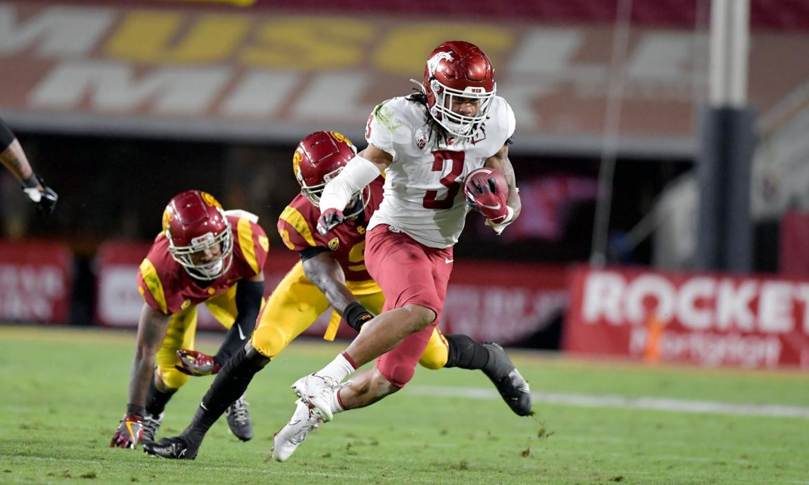 COLLEGE FOOTBALL: USC trounces Cougars, 38-13
